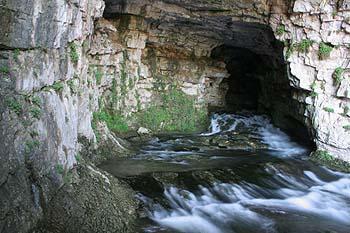 Cueva del Nacimiento del Río Mundo